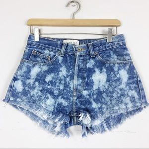 Vintage high waisted cut off jean shorts bleached